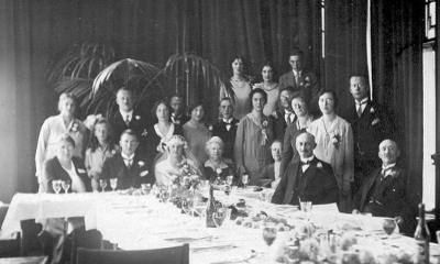 Truus Ladru en Toon Blom huwelijk aug 1930 (400x240)