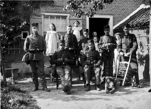 1918_juli deuropening opoe Bijl (640x465)